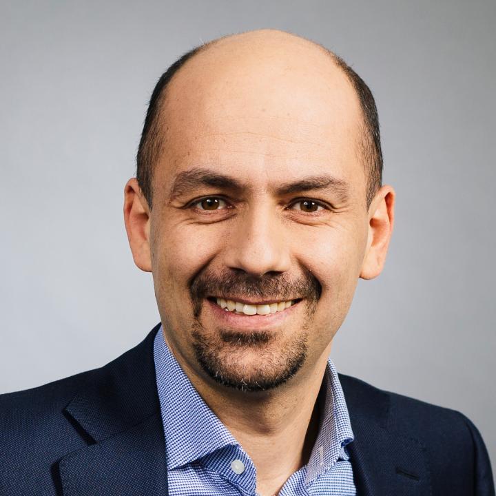 Portrait Dr. Ramin Assadollahi (CEO ExB Group)